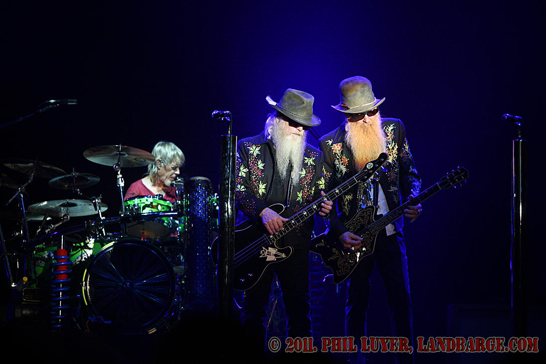 ZZ Top on stage, left to right, Frank Beard, Dusty Hill and Billy F Gibbons, shot with Canon 1D Mk III and 70-200 f/2.8L (non-IS)