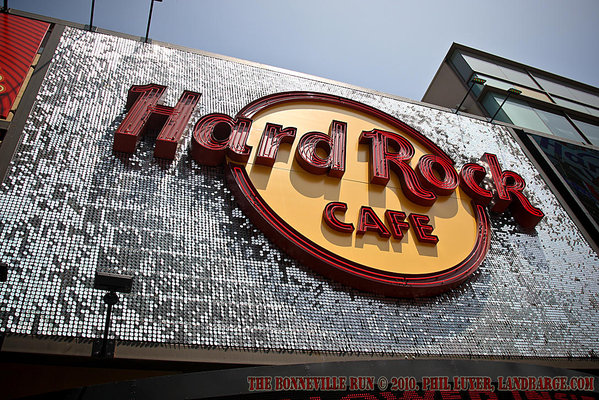 The Hollywood Boulevard Hard Rock Cafe only opened 2 weeks ago, and it was where we stopped for lunch today