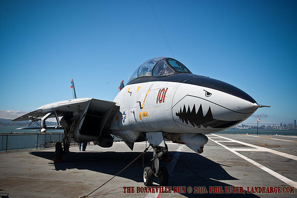 F14 Tomcat on the flight deck of the USS Hornet